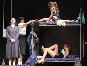 Macarena-García-acude-a-La-Llamada-musical-de-Dios-en-el-Teatro-Lara
