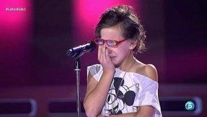 Iraila-queda-blanco-rompe-llorar-voz-kids